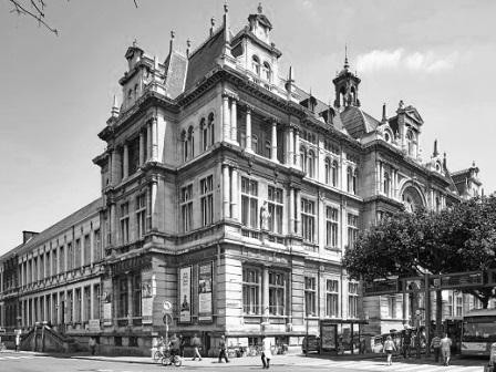 Referentie MONUMENTA BV (vennoten) - kleuronderzoek van de feestzaal van het Koninklijk Atheneum te Antwerpen