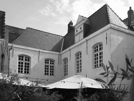 Referentie MONUMENTA BV (vennoten) - bouwhistorisch onderzoek Hof van Sint-Baafs / de Oude Munt, Vlasmarkt - Antwerpen